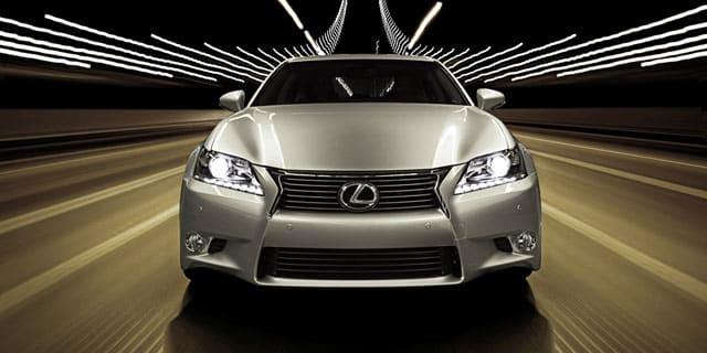 12 05 02 lexus gs spindle grille ¿Qué hace que una parrilla Lexus sea diferente de otras parrillas para automóviles?