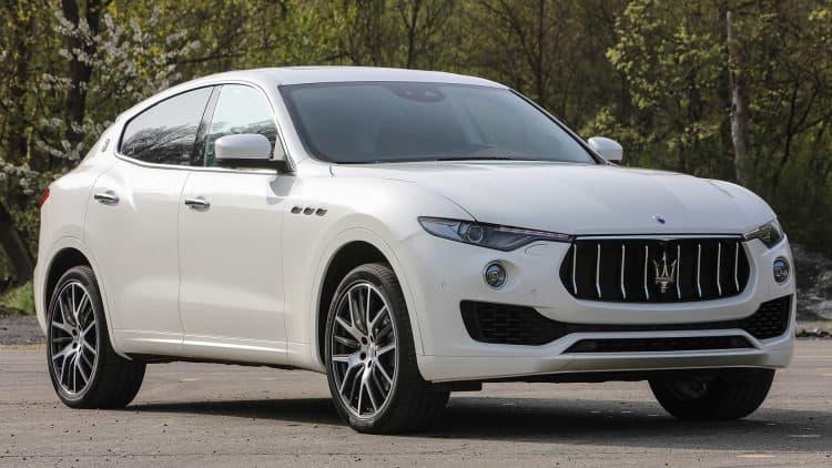 1618278956 533 2017 Maserati Levante Clasificación de los 10 mejores SUV de lujo de 2017