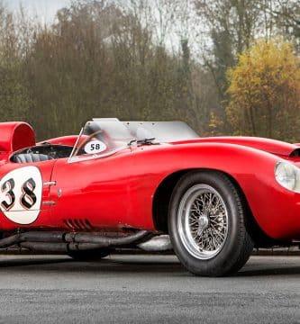 1956 Ferrari 250 Testa Rossa Una mirada más cercana al Ferrari 250 Testa Rossa de 1956