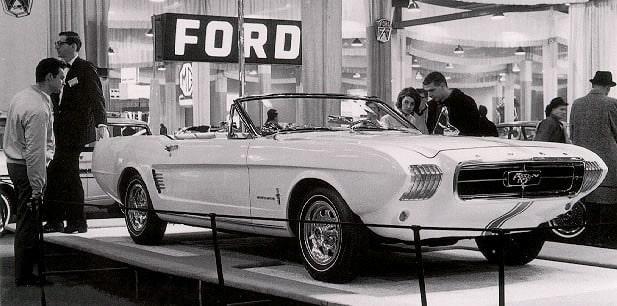 1963 Mustang II La historia y evolución del Ford Mustang