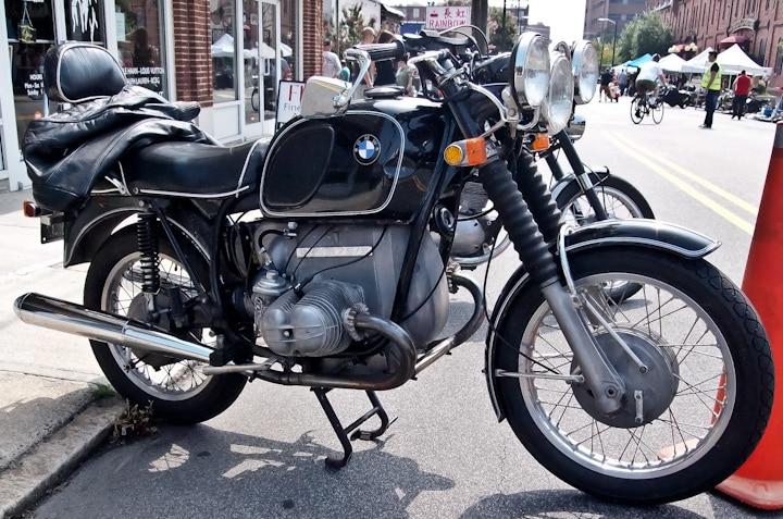 1970 BMW R75 5 top 5 modelos de motocicletas BMW de la década de 1970