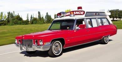 1971 Cadillac Medic I Fleetwood ambulance ¿Sabías que Cadillac hace una ambulancia?