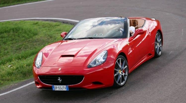 2010 Ferrari California La historia y el desarrollo del Ferrari California