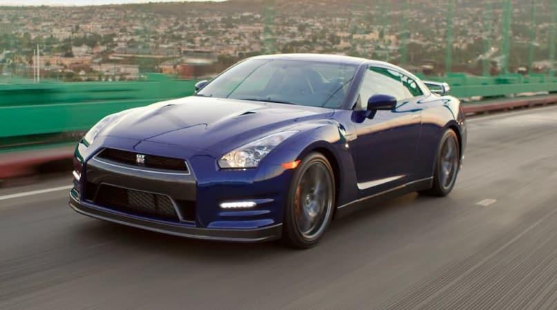 2013 Nissan GTR .Los 10 autos más caros para mantener hoy