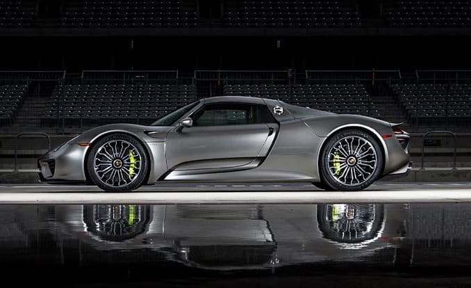2015-porsche-918-top-inline-photo-610857-s-original
