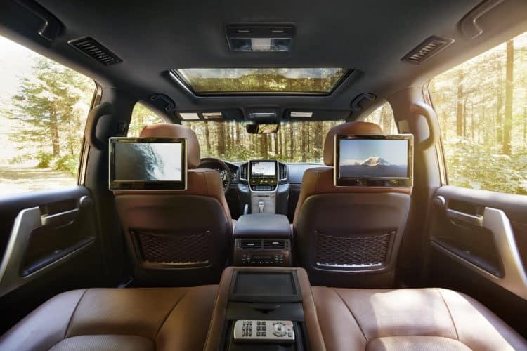 2019 Toyota Land Cruiser 06 482C6DFEDBA16CCB51B8B5A3C38B90F57E03AB2F Revisión del Toyota Land Cruiser 2019