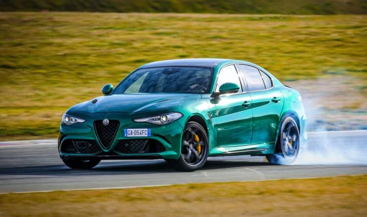 Lado del Alpha Romeo Giulia 2020