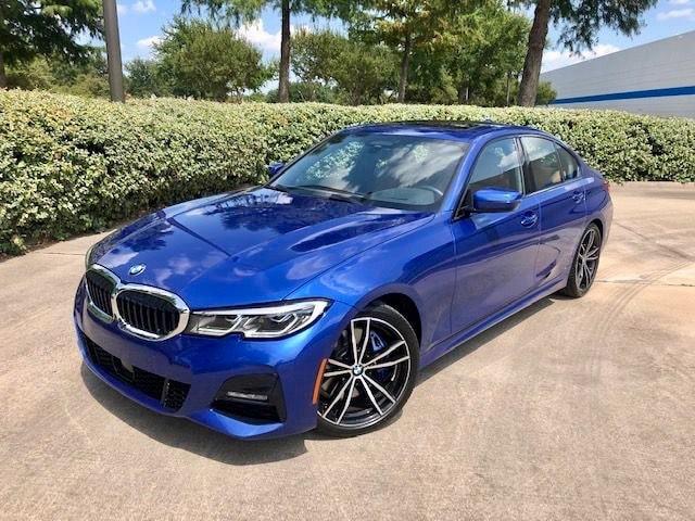 BMW 330i 2020: 26 en ciudad / 36 en carretera