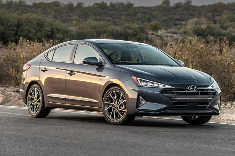 Hyundai Elantra sedán 2020