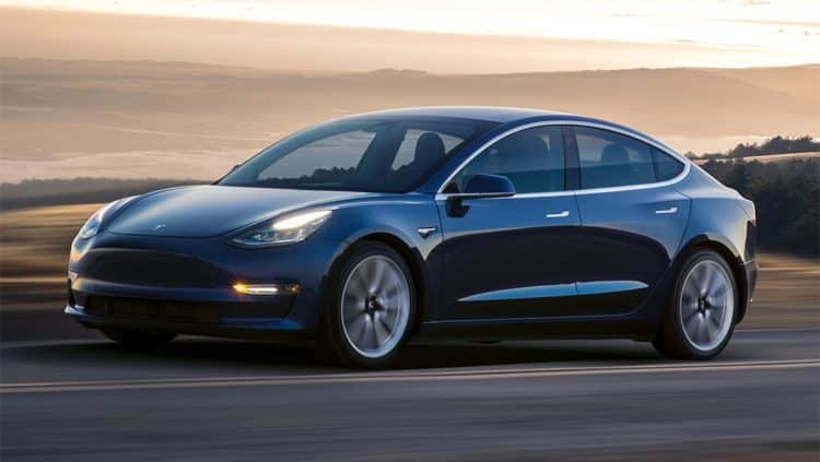 Tesla Model 3 2020 de largo alcance