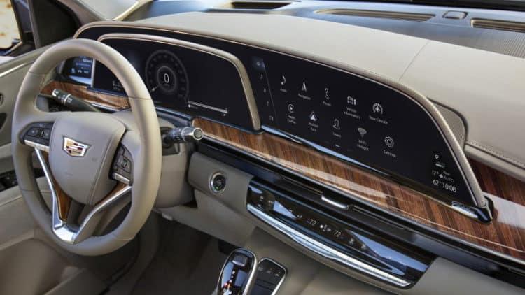 Interior del Cadillac Escalade 2021