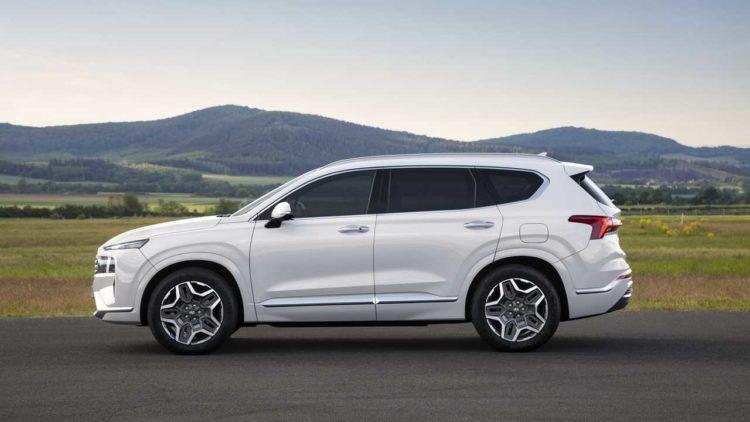 2021 lado Hyundai Santa Fe