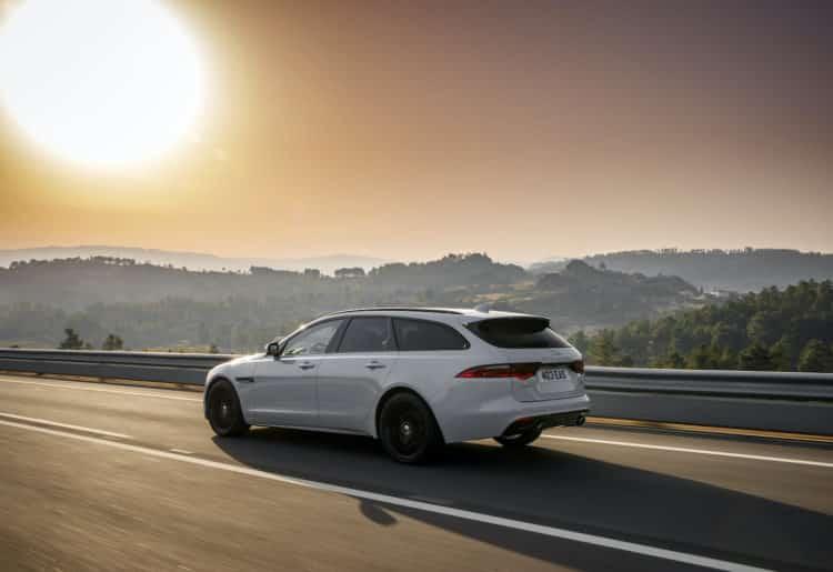 2021 Jaguar XF Sportbrake atrás
