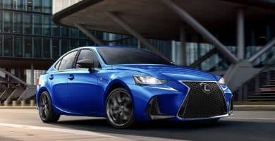 2021 Lexus IS Una mirada más cercana al Lexus IS 2021
