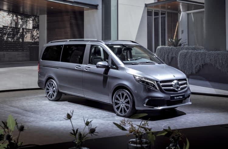 2021 Mercedes-Benz Metris Work Van lateral