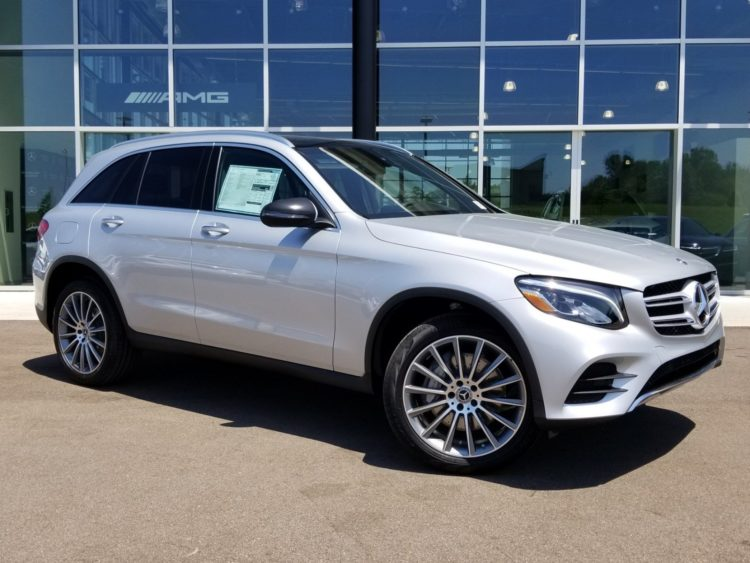 2023 Mercedes-Benz GLC lado 1
