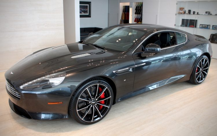 70 main l The history and evolution of the Aston Martin DB9