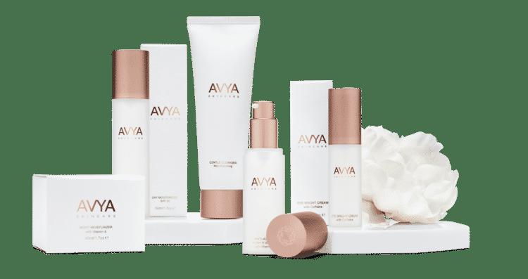 AVYA GroupShotB BASE LR x1200 Los mejores productos para el cuidado de la piel de verano para mujeres