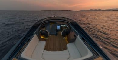 Aston Martin AM37 Powerboat 3 La lancha motora Aston Martin AM37 de 1040 CV