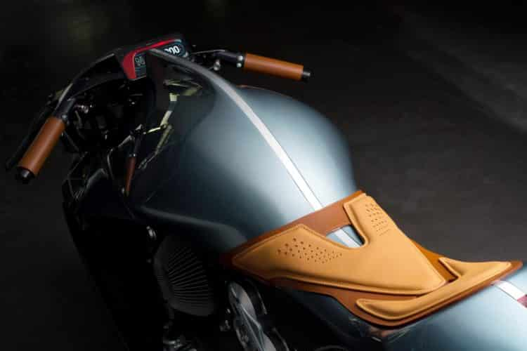 Aston Martin AMB 001 Motocicleta 5