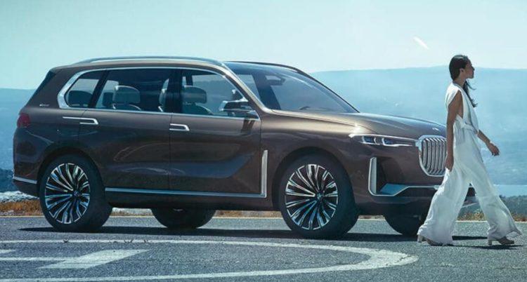 BMW X7 Concept Cinco autos asombrosos del Salón Internacional del Automóvil de Dubai 2017