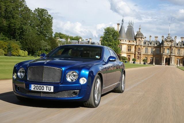 Bentley Mulsanne 1 Los 10 autos más perjudiciales para el medio ambiente en 2016
