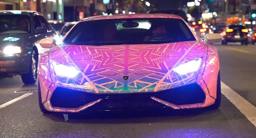 Color Changing Lamborghini ¿Existe algo parecido a un Lamborghini que cambia de color?