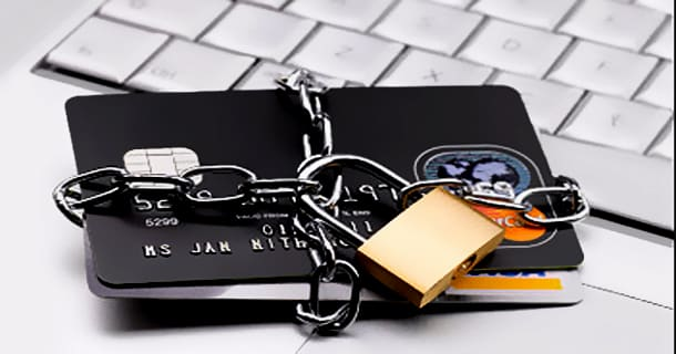 Credit Card Scam Conclusiones de la encuesta de tarjetas de estudiantes de 2019 de Creditcard.com