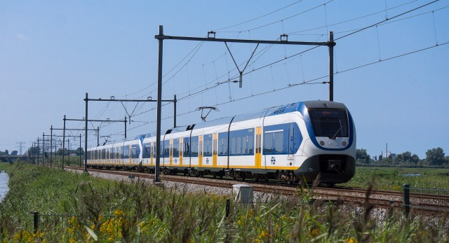 Dutch Electric Trains Los trenes eléctricos holandeses se vuelven 100% propulsados por energía eólica