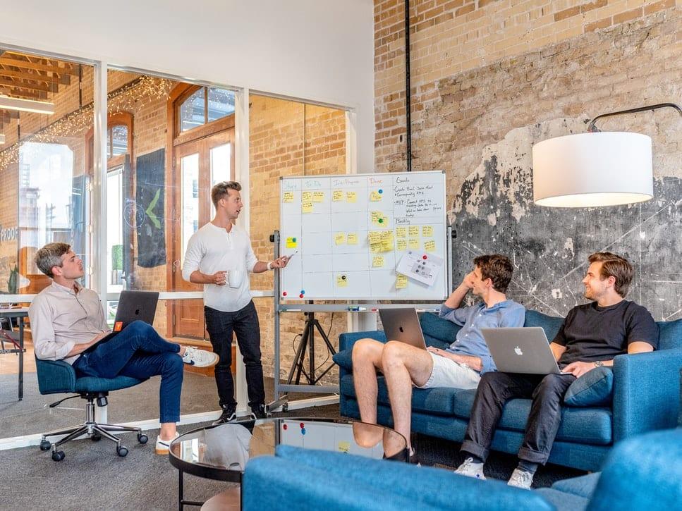 Entrepreneur Preguntas importantes que debe hacerse antes de hacer un cambio de carrera