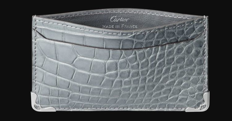 Tarjetero Must De Cartier de piel de cocodrilo gris