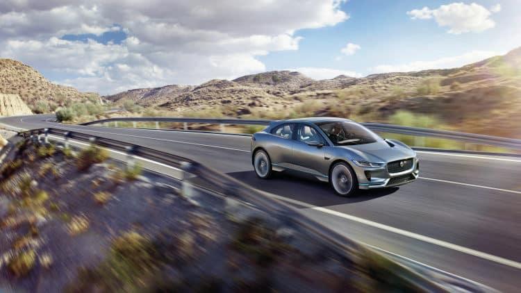 Jaguar i pace Los 10 coches eléctricos más esperados para 2018