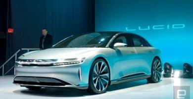 Lucid Motors EV 1 Lucid Motors presenta su vehículo eléctrico de lujo de 400 millas de alcance