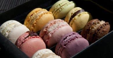 Macarons Pierre Marcolini April 2011 scaled e1581952313317 ¿Por qué los macarons son macarrones tan caros? Esta es la respuesta: Porque los macarons son caros.