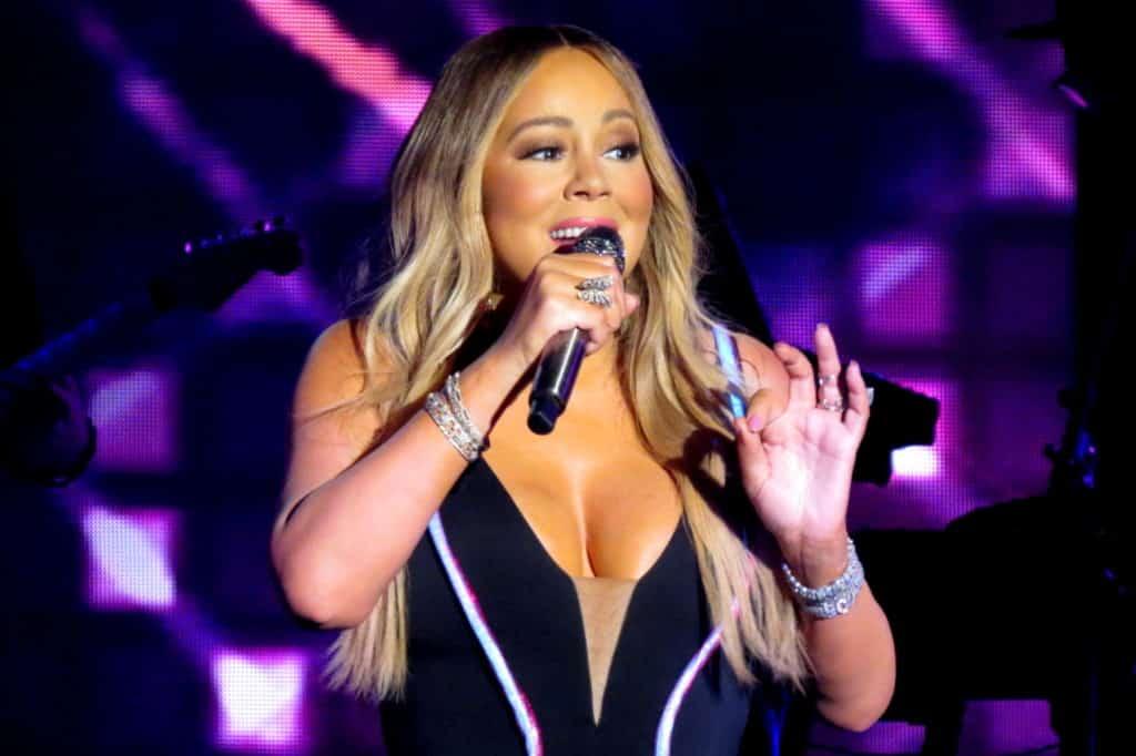 Mariah Carey Caution Tour 1 Cómo Mariah Carey logró su patrimonio neto (actualizado para 2020)