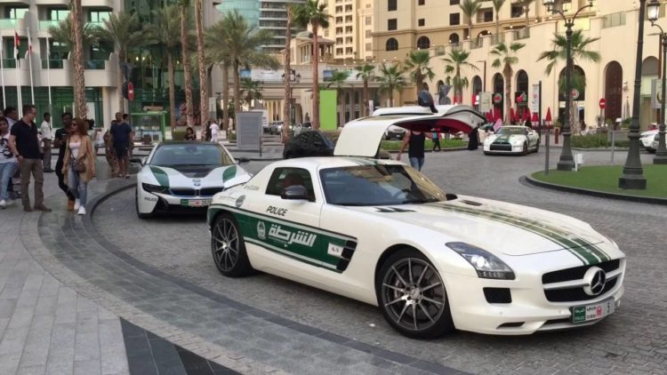 Mercedes Dubai Police Car The Amazing Dubai Police Cars