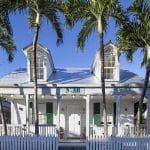 NYAH Front Entrance 1024 Escapadas grupales asequibles a Florida