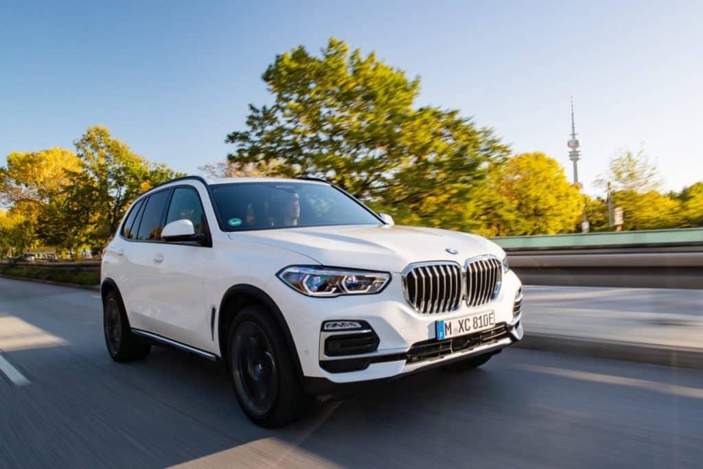 P90374952 highRes scaled e1617470619876 Revisión del BMW X5 xDrive 45e 2021