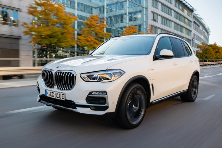 P90374954 highRes Revisión del BMW X5 xDrive 45e 2021