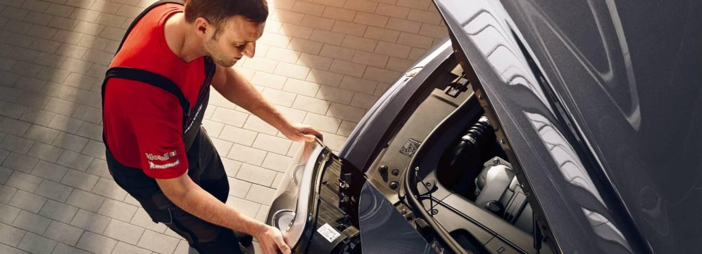 Porsches Roadside Assistance Program Una descripción general del programa de asistencia en carretera de Porsche