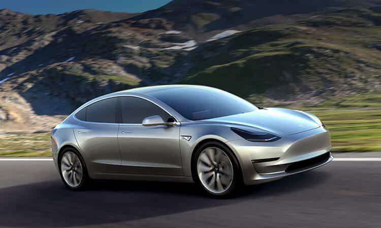 Tesla 3 Las sutiles diferencias entre los vehículos eléctricos totalmente híbridos y los híbridos enchufables