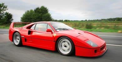 The 1987 Ferrari F40 Una mirada más cercana al Ferrari F40 de 1987