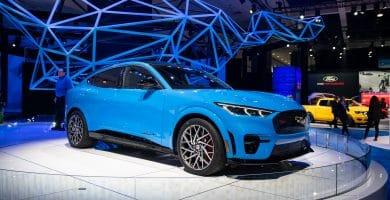 The 2021 Ford Mustang Mach E 1 Los 10 mejores SUV crossover compactos para 2021