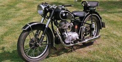 Vintage BMW Motorcycle e1478613139767 Cinco motocicletas BMW antiguas que realmente amamos