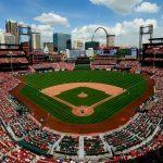 busch stadium v8yn5dh330u11ls07pbdk7uu ¿Cuánto cuesta asistir a un juego de los St. Louis Cardinals?