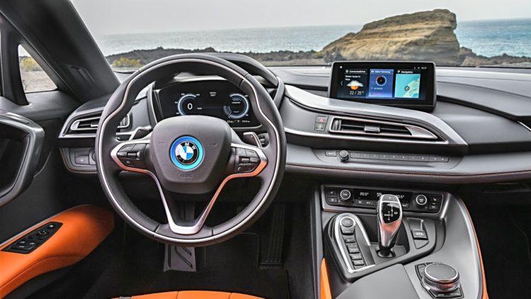 i8 Interior La historia y evolución del BMW i8