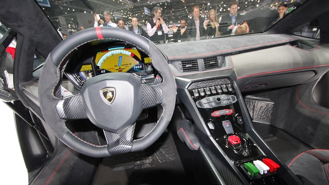 Interior del Veneno Roadster