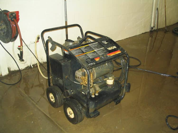 pressure washer rent lima 1500psi hot water e1548366895911 Las 10 mejores lavadoras a presión eléctricas del mercado actual