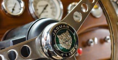 shutterstock 144100837 La historia y la historia detrás del logotipo de Jaguar