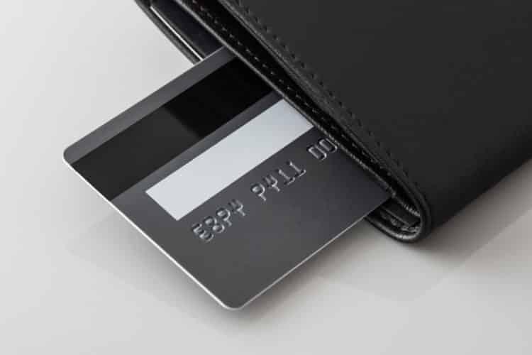 shutterstock 1679961271 e1608121353942 ¿Qué sucede si no usa su tarjeta de crédito?